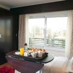 Golden Park standard room breakfast