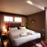Golden Park presidential suite bedroom